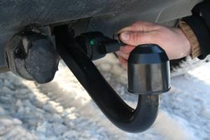 Man kan utrusta bilen med avtagbar krok som är låsbar. En bra finess så man slipper att få kroken stulen.