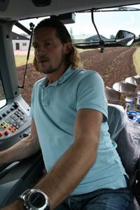 Anders Niléhns omdöme om nya Valtra T202 Direct är bra på det stora hela.