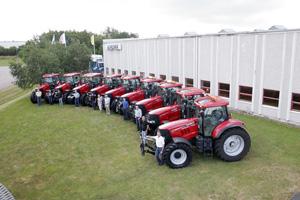 När många fabrikat backar vad gäller försäljningen håller Case IH nästan samma nivå som i fjol. Fram till halvårsskiftet såldes det 131 Case IH i Sverige, endast 8 traktorer färre än första halvåret 2008.