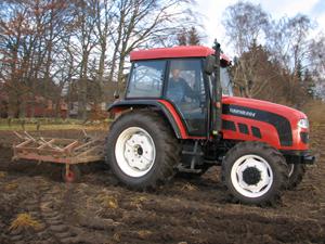 Traktor selges billig