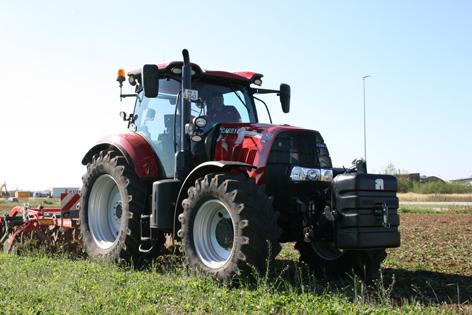 Case IH Puma 175 CVX är en steglös traktor med maxeffekt på 166 kW (220 hk) vid transport och kraftuttagsarbete. Modellen har delvis ny design och är omarbetad för att passa längre arbetsdagar.
